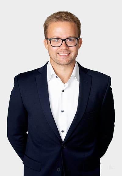 Fastighetsmäklare Tim Nordström